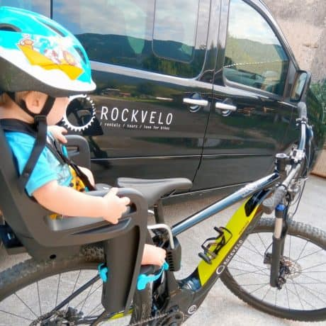Child bike seat RIDEALONG by THULE on RockVelo rental ebike