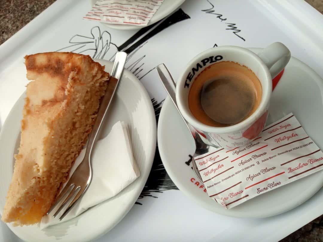 kolesarska malica, kava in pita
