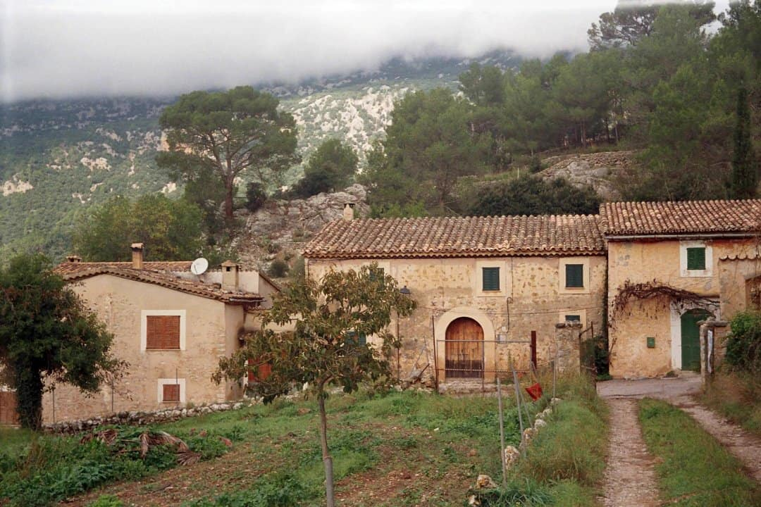 idilična vasica in tipična arhitektura